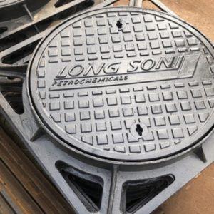 Nắp hố ga 750x750 kín mùi tải 12,5 tấn