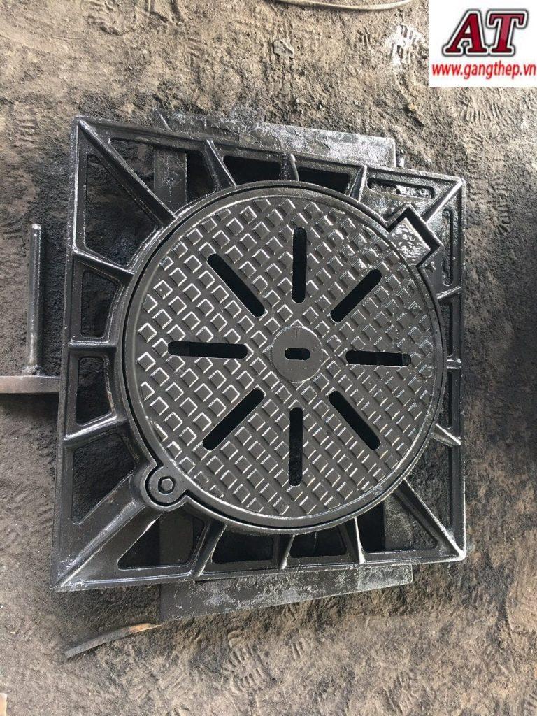 Nắp hố ga thu nước bằng gang cầu